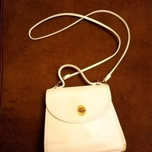 Coach Bags - COACH VINTAGE REGINA BAG WHITE LEATHER CROSSBODY